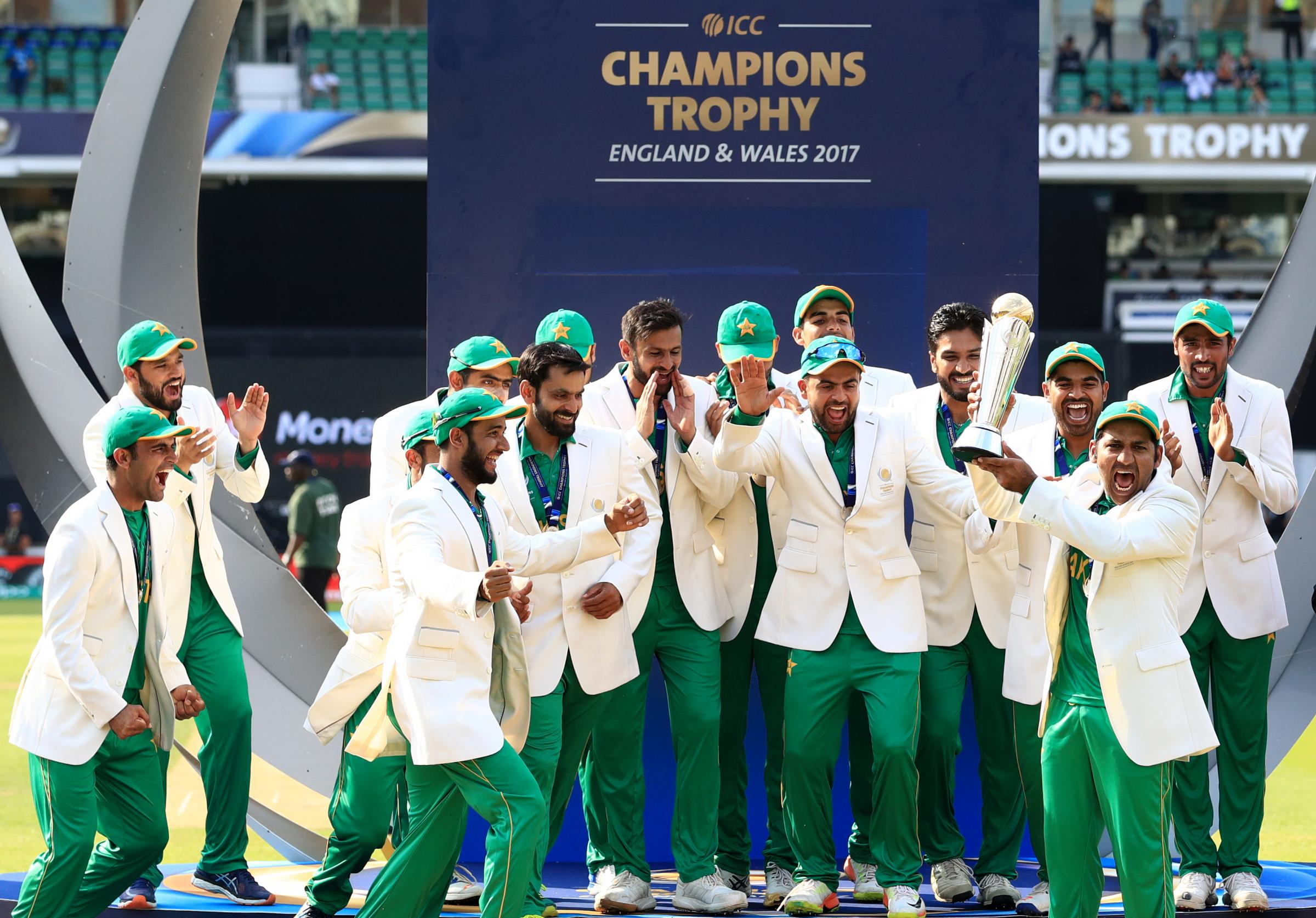 Pakistan rout India to clinch Champions Trophy